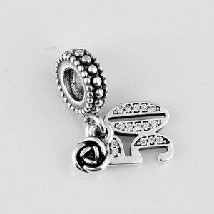 Original Alphabet Zahlen 50 Jahre Liebe mit Rosebud Anhänger Perlen Fit 925 Sterling Silber Charme Europa Armband Schmuck