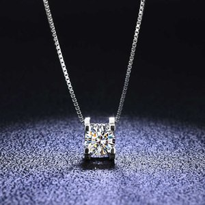 925 Sterling Silver Brand Original Design VVS1 D Color Moissanite Pendant Necklace Wedding Jewelry for Women