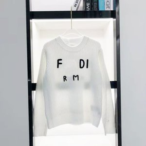 F English Word Rice 3 차원 자수 레저 슬리브 두꺼운 2021 이른 봄 티셔츠 스웨터 여성용 1