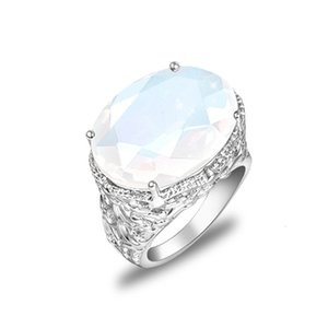 Wholesale 12 Pcs lot Luckyshine Oval Fire White Moonstone Gemstone Rings Silver Weddings Jewelry Valentine's Day Gift Ring for Woman 10*16mm