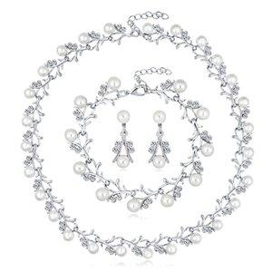 Creative New Pearl Set Set Aleación Alaid Diamond Pendientes Pulsera Bridal Tres Piece