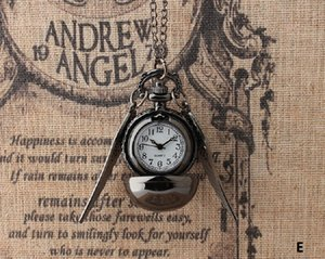 Golden Snitch Pocket Watch Male and Female Students Fashion Trend Harry Potter Peripheral Tungsten Steel Black Snitch Pocket Watch Retro