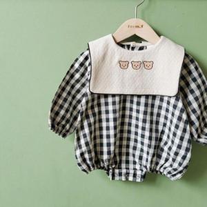Winter New Thick Warm Bodysuits Cute Little Bear Print Long Sleeve Baby Girls Bodysuit Kid Boys Plaid Jumpsuit Clothes 210309