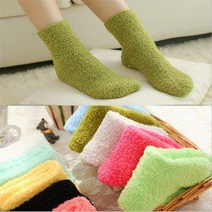 Bayanlar Fulfy Çorapları Katı Renkler Kadınlar Bulanık Çorap Kış Çorap Sıcak Çorap Ev Şeker Renk Kalın Kat Termal Uyku Çorap Çorap Çorap 44 X2