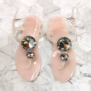 Sandalias de mujer transparente Sandalias Summer Big Diamond Shoes Lager Tamaño 41 42 Mujer Sandalia Sandalia Crystal Beach Slippers Jelly Shoes 210226