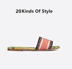 2021 zapatillas de mujer Sandalias de verano Sandalias de verano Playa Sexy Impresión Abre Toe Damas Zapatos Cross Strap Femenina Diapositivas Roma Flip Flij.