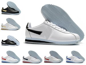 2021 Designers Classic Cortez Nylon RM Correndo Sapatos Rosa Vermelho Vermelho Branco Azul Leveta Run Alta Qualidade Chaussures Cortezs Couro BT QS Sports Sneakers