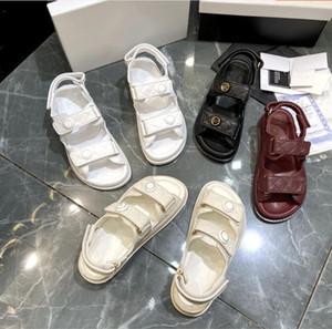 2021 Fashion Designer Haute Qualité En Cuir Véritable Plate-forme Velcro Sandales Summer New Hot Sale Femme Fille Sandales plates Plage Chaussures de plage