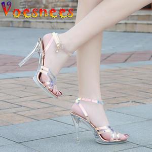 Voesnees 2021 Mujeres Sandalias Modelo Caminando Claro Plataforma Zapatos Stripper Tacones Altos Sexy Pescado Boca Ilusorio Color Zapatos de boda