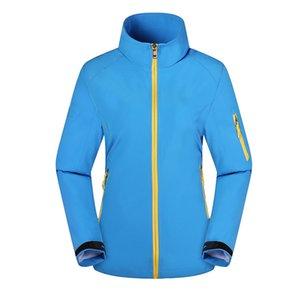 Vêtements de Softshell extérieurs 2021 Hommes Jacket Femme Printemps et Automne Trench Manteau Alpinisme Vêtements Manteau Fin Sportswear Coat Trans