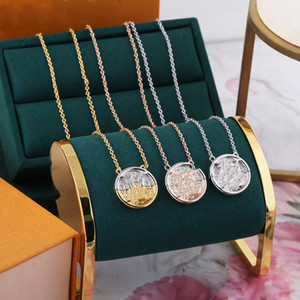 V Fashion Pendant Necklaces Fashion Necklace for Man Woman Necklaces Jewelry Pendant Highly Quality 5 Model Optional
