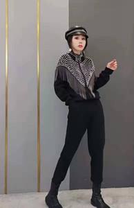 Heavy Industry Tassel costume Femmes Tempérament Européenne Automne 2021 Nouveau Pull Cardigan Tricoter Mode Two Piece Costume