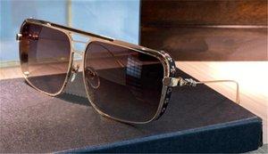 Nuevos gafas de sol de hombres retro populares Boneyard II Diseño de estilo de estilo Punk Cuadrado Titanio Marco de acero al aire libre UV400 Gafas protectores de alta calidad