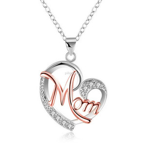 Heart Mom Necklace Contrast Color Diamond Heart Pendant Necklaces for women Love Mom Fashion Jewelry Mother Birthday Day Gift