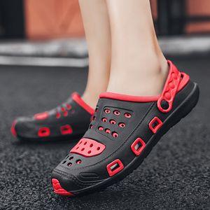 2020 yeni yaz 2020 yeni tatil delik ayakkabı sandalet bir çift ayakkabı iki kullanım için plaj ayakkabı erkek açık kaymaz eğlence sandalet