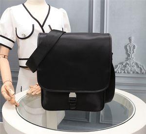 Бесплатная доставка по всему миру 26 см. Мода классический нейлоновый холст портфель туристическая сумка на плечо сумка сумка топ-качество для мужчин и женщин