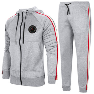 Uomo Casual Hooded Tracksuit Bull Zip Men 2 pezzi in esecuzione Jogging Athletic Sports Giacca e Pantaloni Set da uomo Gym Sweatsuits EUR Size TZ3