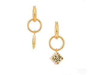 Loew Luoyi 21 spring and summer female anagram asymmetric metal Yiwei gold geometric Earrings