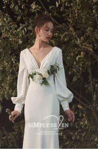 French light wedding dress 2021 new bridal style Satin Long Sleeves
