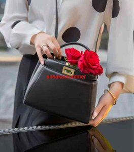 Designer Bags Handbags Fend Bag Female 2020 New Mini Sheepskin Kitten Bag Peekaboo Handbag Leather One Shoulder Messenger Handbag
