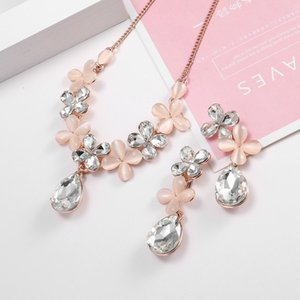 Bridal Set Four Leaf Grass Inlaid Diamond Water Drop Earrings Necklace Fashion Jewelry