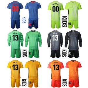 2021 Stagione Personalizzato Kit Kit per bambini Portiere 13 Oblak Jerseys Football 9 Suarez 8 Saul 14m.Lorente 6 Koke Boys Set uniformi