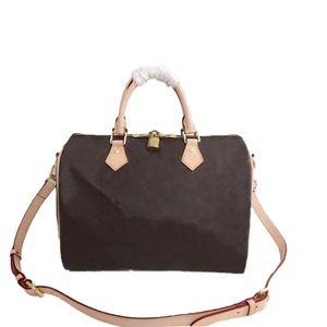 حقائب النساء حقيبة الكتف حقيبة السفر 25 سم 30 سم 35 سم جلدية أزياء المرأة حقيبة الكتف الفاخرة مصممي أكياس crossbody