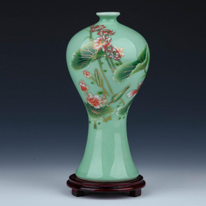 Jingdezhen Ceramic Green Glaze Vase Famille Rose Lotus Lotus Patern Vase Vase Vase