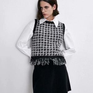 2021 Autumn Winter Women Tassel New Plaid Pullovers Warm Sleeveless O-neck Vintage Tops Lady Sweater Vest U17L