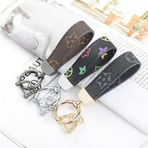Hot Fashion Luxurys Key chain Buckle lovers Car Keychain Handmade Leather Designers Keychains Men Women Bag Pendant Accessories 14 Color