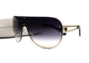 Itália Design Novo Quadro de Oversize sem aro Metal Pernas ocas Homens Mulheres Óculos de sol ao ar livre Motorista Tonalidades Moda Proteção UV Eyewear com caixa