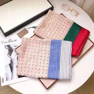 2021 Kutusu ile Hediye Çantası Makbuz Etiketi Kadınlar Için En Kaliteli Eşarplar Tasarımcı Atkılar Bahar Erkek Sıcak Moda
