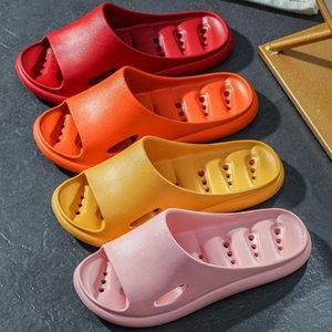 Wotte Eva Hole Slippers perdite Delle Donne Donne Diapositive Diapositive Anti-slip Estate Casa Indoor Home Soft Pantofole per la casa Sandali da bagno