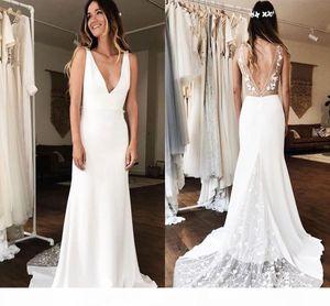 Elegant Backless Mermaid Wedding Dresses 2019 Deep V Neck Flowers Lace Country Garden Bridal Gowns vestidos de novia Plus Size