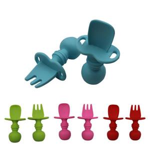 Enfants Vaisselle Baby Spoon Fork Ensemble 2PCS Silicone Alimentation Cuillère Enfants Couverts Dessin animé Poignée Courte Poignée Teher Zyy725
