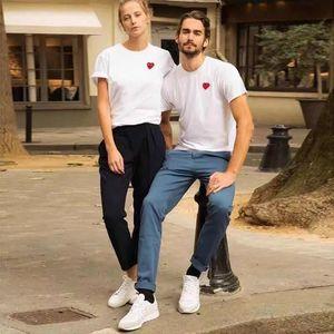 T-shirt Europa e America Brand T-Shirt Love Ricamo in cotone Manica corta Amanti Amanti Amanti Amanti genitore-bambino