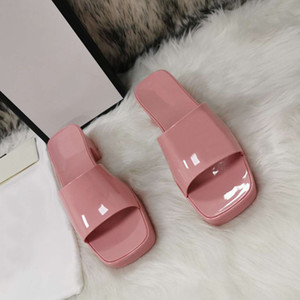 2021 Femmes chaudes en caoutchouc Haute talon Haute Slide Sandal 6cm Plateflande Pantoufle Rose Green Candy Couleurs Pantoufles Pantoufles Pantoufles Flip Flip Tongs avec boîte