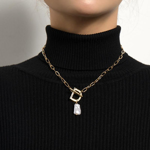 2021 New Fashion Gifts Aesthetic OT Buckle Female Necklace Baroque Irregular Pearl Crystal Letter D Pendant For Women Jewelry