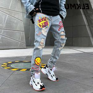 Elkmu Homens Glimlach Face Graffiti Impressão Rasgado Streetwear Denim Desafio Gat Ny Jeans Hip Hop Broek Masculino He197
