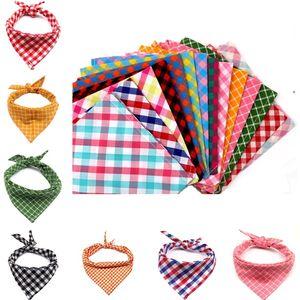 Hot Pet triangle scarfs dog scarfs cat classic Plaid saliva scarf pet scarf Dog Supplies Dog Apparel Accessories ZC101