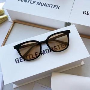 2021 Brand New Classic Donne Piccolo Telaio Occhiali da sole Moda Moda Decorazione GM Occhiali da sole UV400 Lady Elegante Design Eyewear Tomy