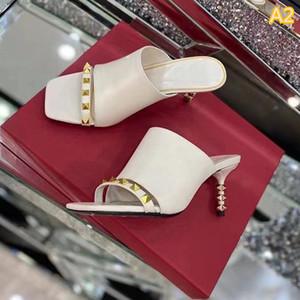 Модные дизайнерские сандалии женские высокие каблуки подкированные туфли скольжения сандал платформы квадратный открытый носят высокий каблук тапочки 35-41 с коробкой