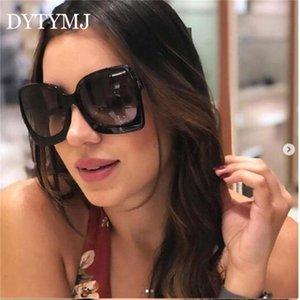 Lunettes de soleil DYTYMJ Square surdimensionné Femmes 2021 Vintage lunettes de soleil pour femmes / hommes lunettes de luxe Feminino