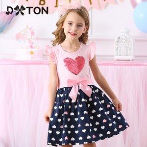 DXTON Girls Ropa Nueva verano Vestidos Vestidos de manga volando Princess Vestido Sequin Heart Girls Vestidos Casual Niños Vestido 210303