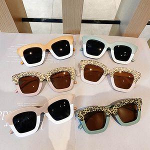 Girls Sunglasses Boys Beach Protective Uv400 Ultraviolet-Proof Kids sunglass Kids Accessory Summer Fashion Leopard B4272