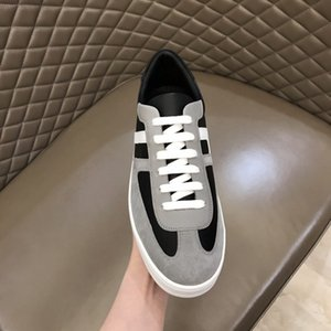 The latest model of men sports shoes Designer designs men shoes Matching colors, Outdoor leisure travel ssneakers 38-44 RD110