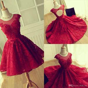 Red Lace Prom Dresses Modeat Jewel Sheer Neckline Cap Sleeves Short Party Dresses Evening Wear Back Open Hollow Homecoming Dress