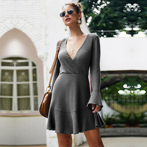 Short Flare Sleeve Solid Knitted Dress Women Sexy V Neck Ruffles utumn Winter New Casual Line Dress Female ice Lady