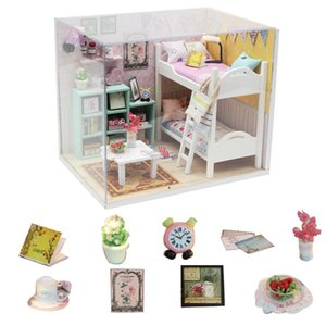 free dust cover mini doll house diy wooden house miniatures kit kids dollhouse accessories poppenhuis bed maquette maison 210225