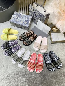 2021 Donne classiche di alta qualità Unisex Sneaker scarpe casual scarpe casual bianco Star piattaforma Sandali Scarpe Party Lovers Size 35-41